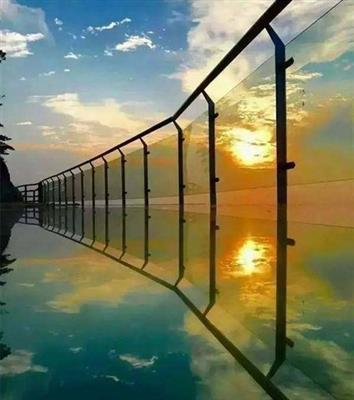 河南宝山前玻璃景观台千亿国际开户