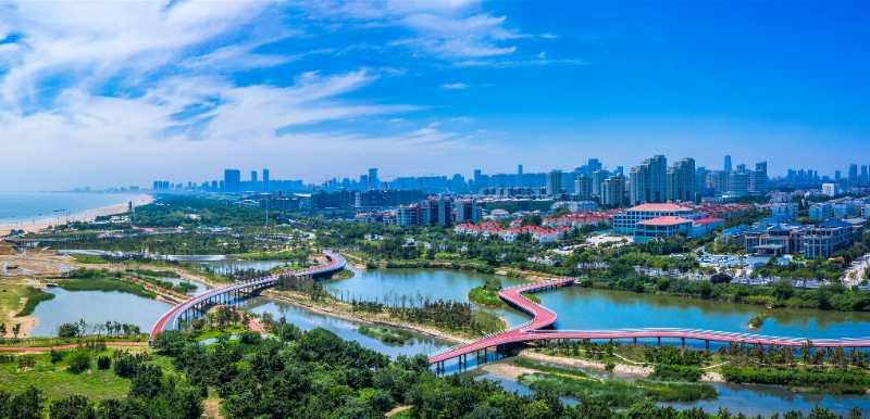 """打造精致城市""""绿丝带""""——日照市保护性建设改造阳光海岸绿道的创新实践"""